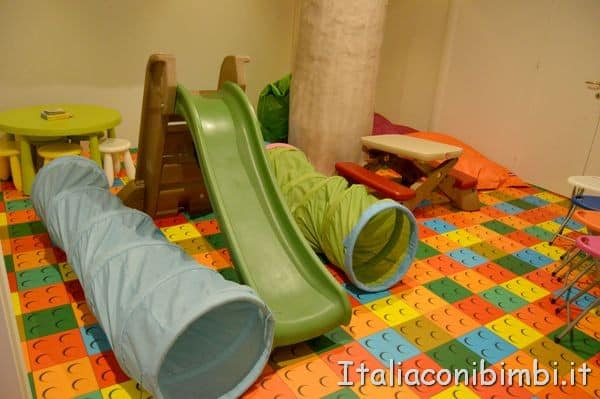 giochi alla spa per bambini dell'hotel Valle di Assisi Resort and spa
