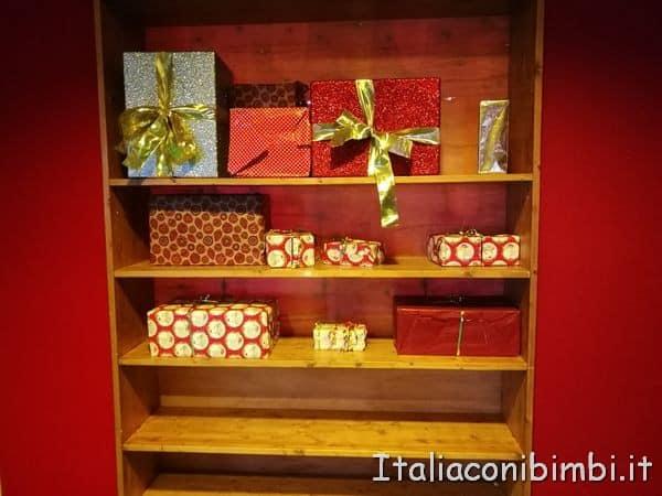regali-nella-stanza-degli-elfi-a-Montepulciano