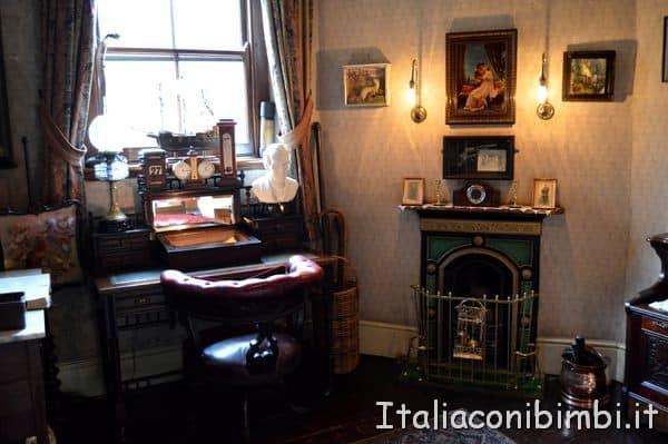 studio nella casa di Sherlock Holmes di Londra
