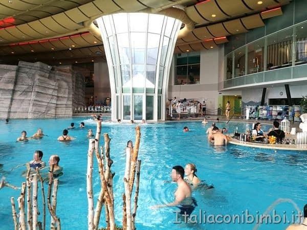 Aquardens piscina centrale