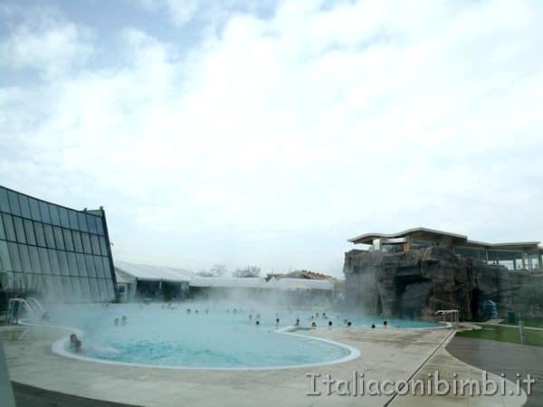 Aquardens piscina esterna