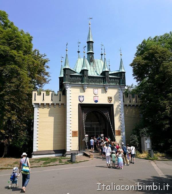 Palazzo degli specchi alla collina di Petrin di Praga