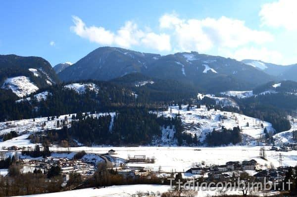 Paesaggi di Cavalese con la neve