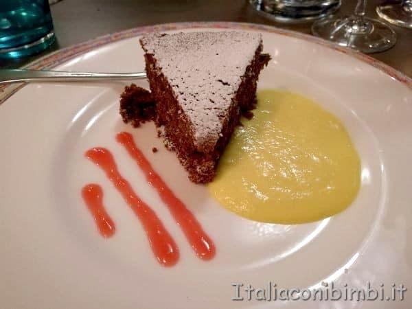torta-alla-cioccolata-e-rapa-rossa
