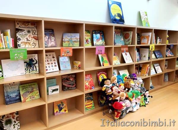 biblioteca Liberi Reggiomonte International School Loreto