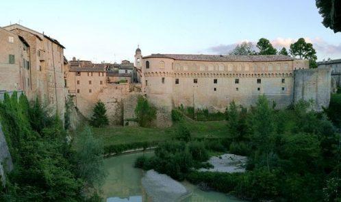 Palazzo-Ducale-di-Urbania-da-dietro