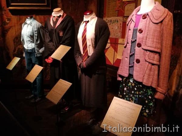 abiti-degli-insegnanti-alla-mostra-su-Harry-Potter