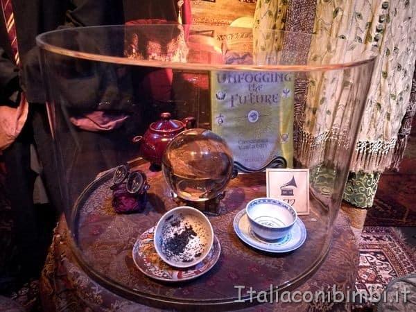 oggetti-della-classe-di-divinazione-alla-mostra-Harry-Potter-Milano