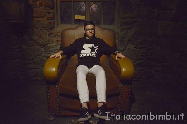 poltrona nella capanna di Hagrid alla mostra su Harry Potter a Milano