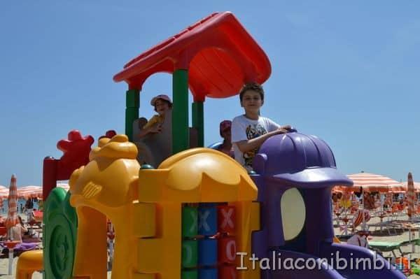giochi spiaggia Villa Spina