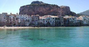 la Rocca di Cefalù vista dal porticciolo