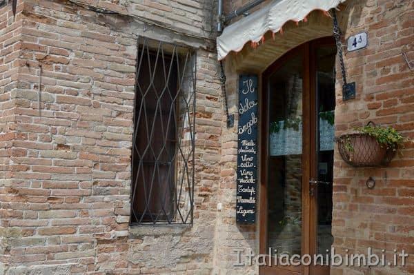 bottega nel centro di Sarnano