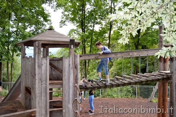 giochi all'Alpenzoo di Innsbruck