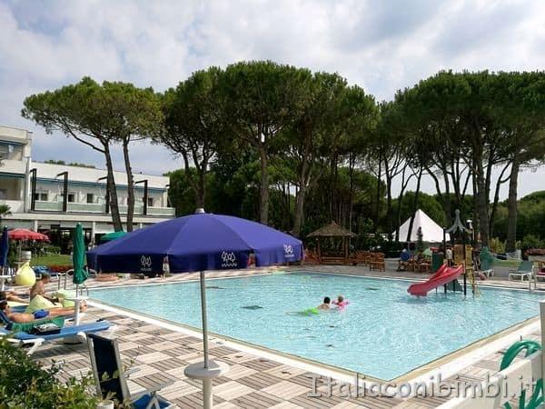 piscina del camping Tridente di Bibione.