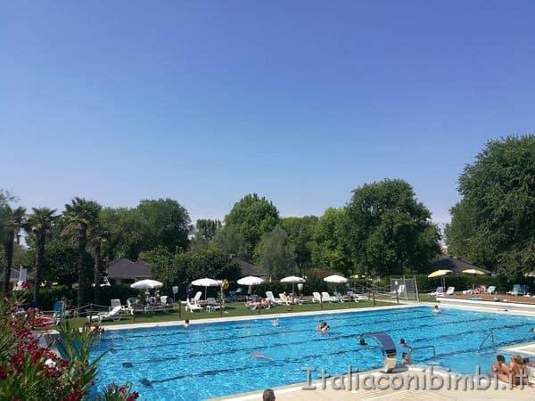 piscina villaggio Albatros di Lignano Sabbiadoro