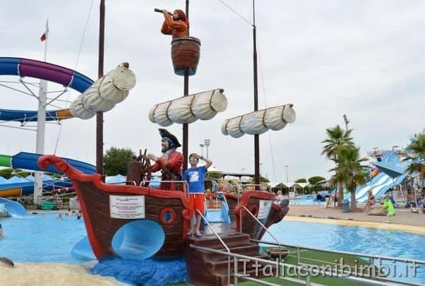 Aquasplash di Lignano Sabbiadoro nave dei pirati