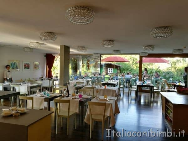 Eco-Park-Hotel-Azalea-di-Cavalese-sala-da-pranzo