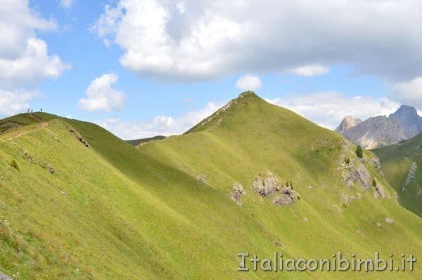 passeggiata in cresta dal rifugio El Zedron Val di Fassa