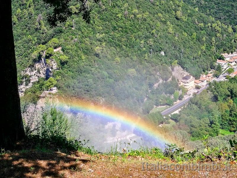 Cascata delle Marmore - arcobaleno dal belvedere superiore