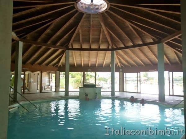 Terme-San-Giovanni-Rapolano-piscina-ottagonale-interna