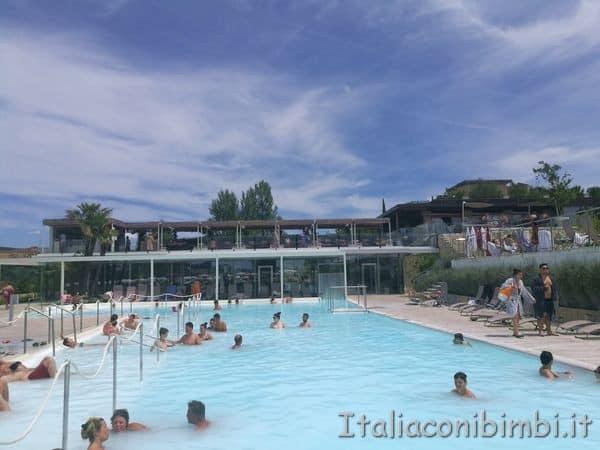 piscina-esterna-grande-Terme-San-Giovanni-Rapolano