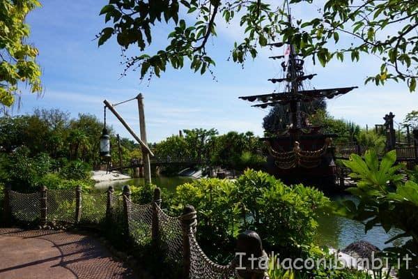 Disneyland Parigi Adventureland navi