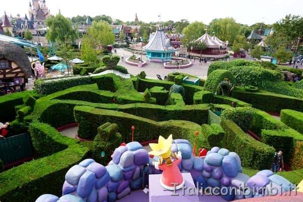 Disneyland Paris labirinto di Alice dall'alto