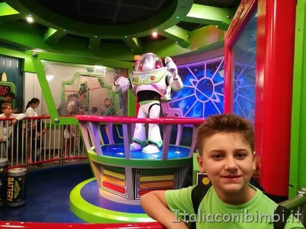 Disneyland buzz lightyear