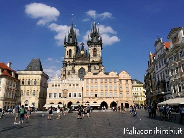 Piazza della citta vecchia Praga