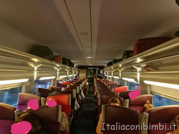 scompartimento-del-treno-TGV-per-Parigi