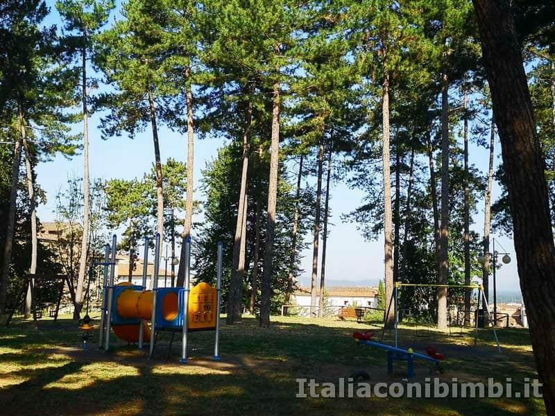 Arezzo-parco-giochi-il-Prato-vicino-al-Duomo