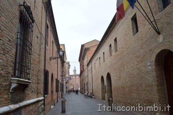 Via Dante Alighieri a Ravenn