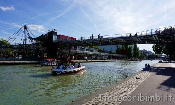 barche al parco de la Villette di Parigi