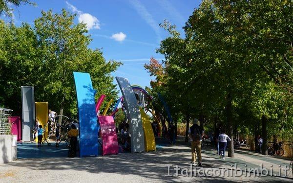 parco giochi nel parco della Villette a Parigi