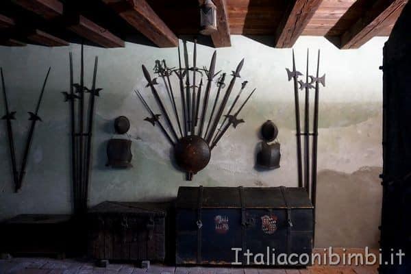 Castello principesco di Merano sala armi