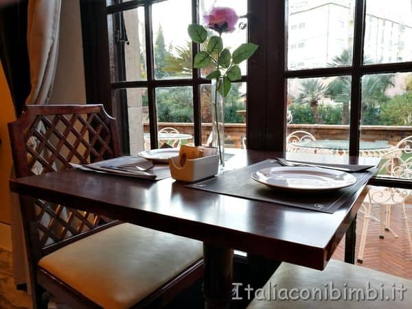 Hotel-Pisa-Tower-sala-colazioni