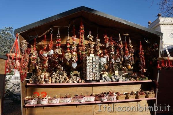 addobbi di Natale ai mercatini di Merano