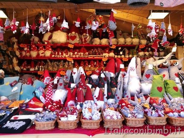 gnomi ai mercatini di Natale di Merano