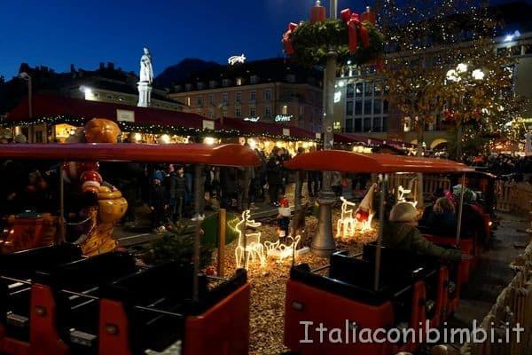 trenino del mercatino Natale di Bolzano