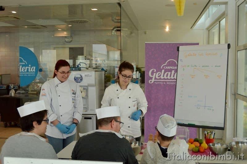 laboratorio di gelato per famiglie