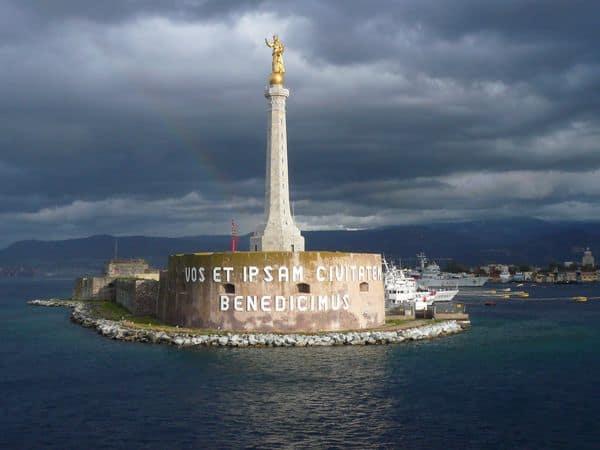 La Madonnina del Porto di Messina