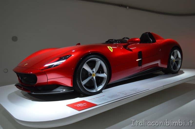 Museo Enzo Ferrari Modena auto