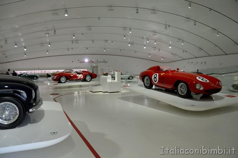 Museo Enzo Ferrari di Modena