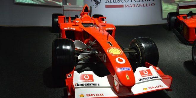macchina da corsa al Museo Ferrari di Maranello