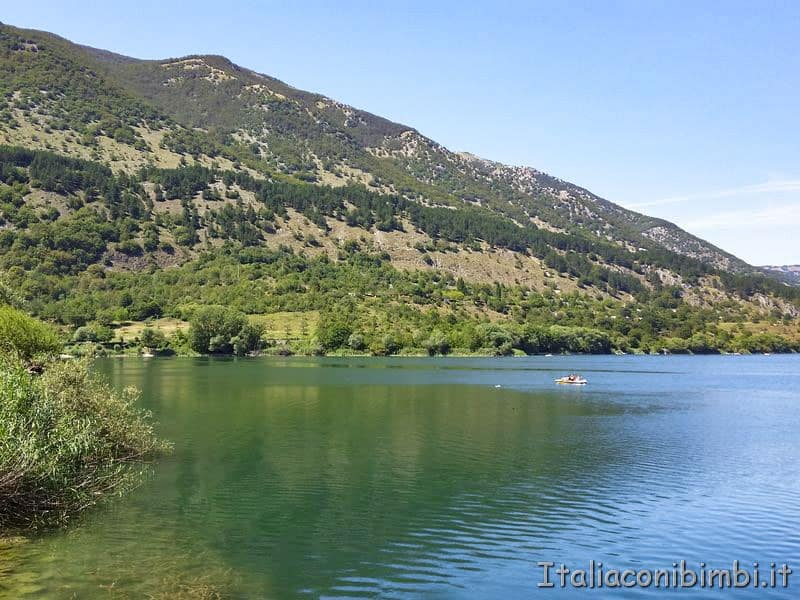 Lago di Scanno riflessi