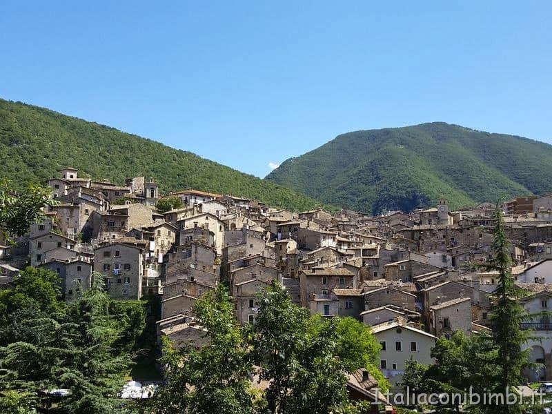 Italia con i bimbi - il borgo di Scanno