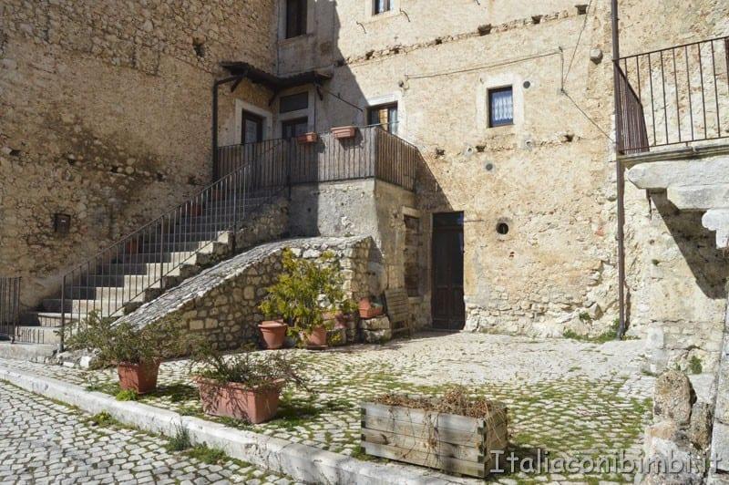 Santo Stefano di Sessanio - casale