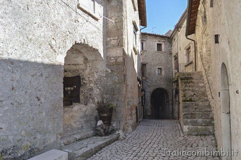 Santo Stefano di Sessanio - casette