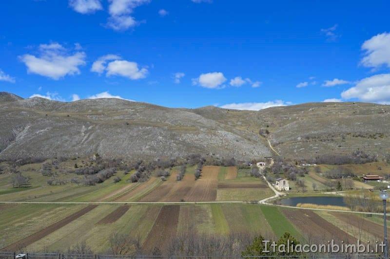Santo Stefano di Sessanio - panorama montagne