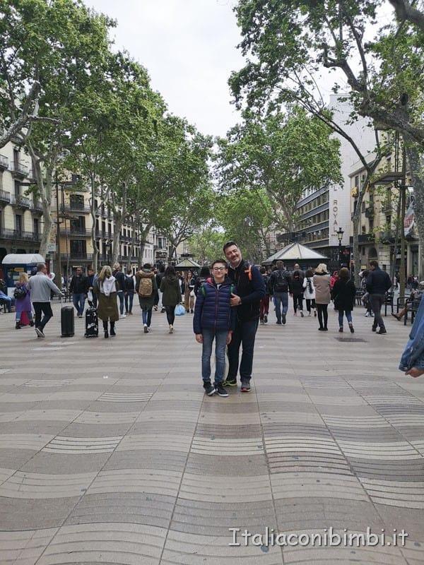 Barcellona - padre e figlio sulla Rambla